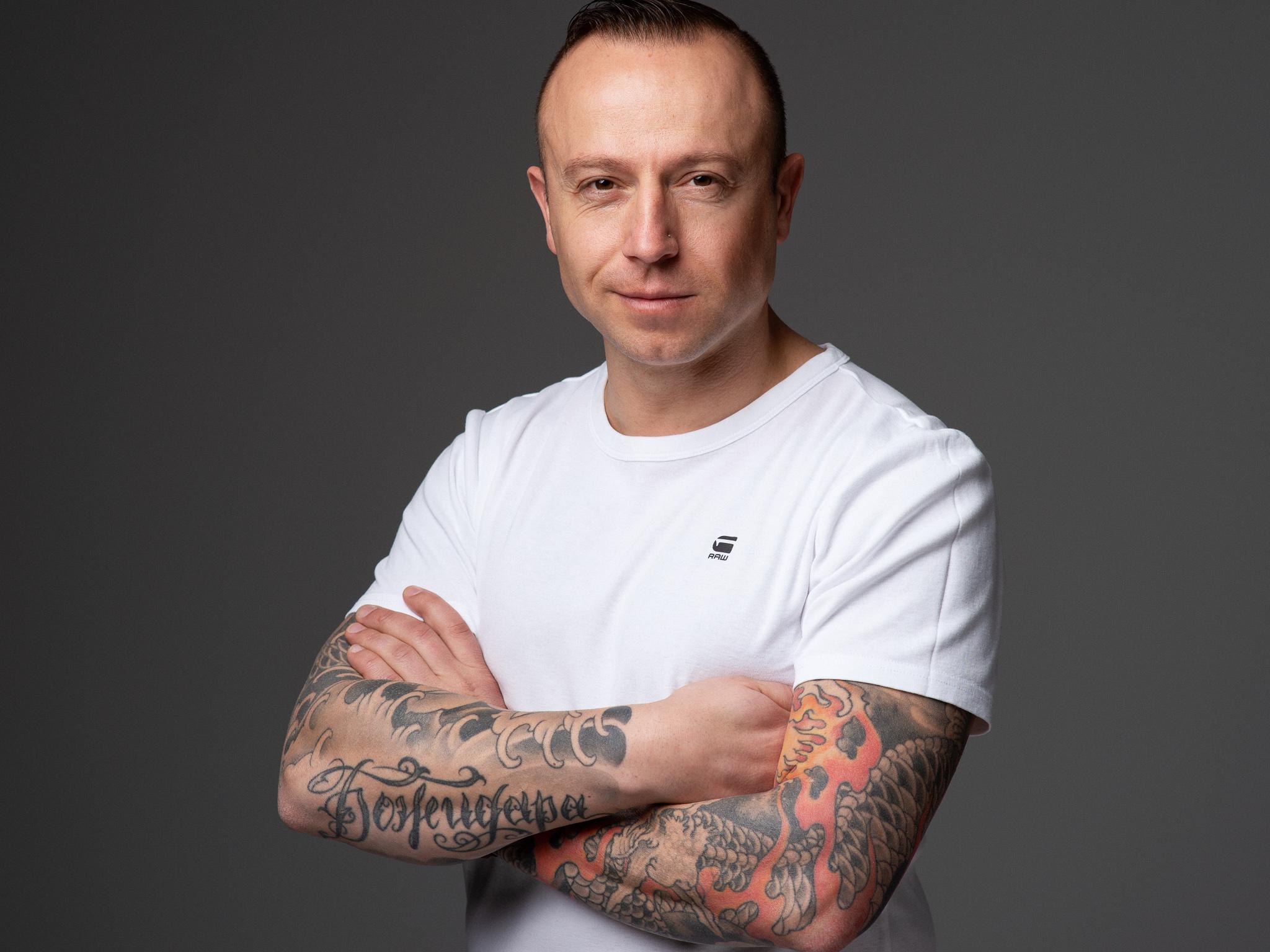 Martin Popov18770-2